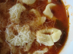 A grating of parmigiano reggiano or grana padano finishes this soup admirably. Vegans can try nutritional yeast!