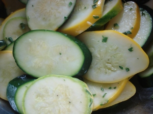 Pattypans and zucchini together! Not much difference when they are sliced....