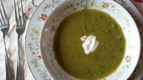 2015-04-05 15.08.12 pea soup